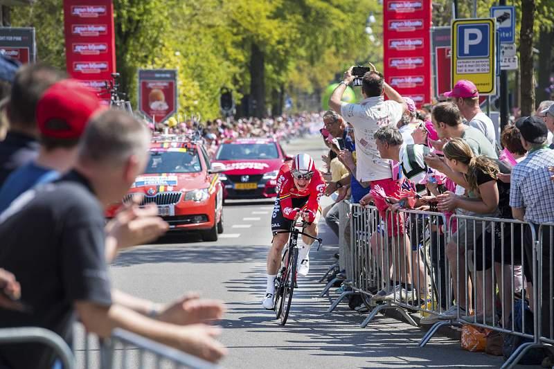 André Greipel em ação no Giro2016
