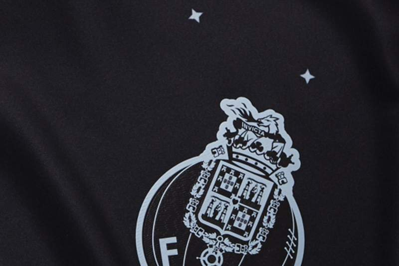 Pormenor da camisola alternativa do FC Porto para a próxima época