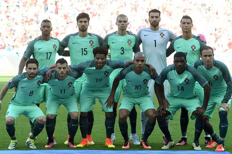 Seleção portuguesa que defrontou a Hungria no Euro2016