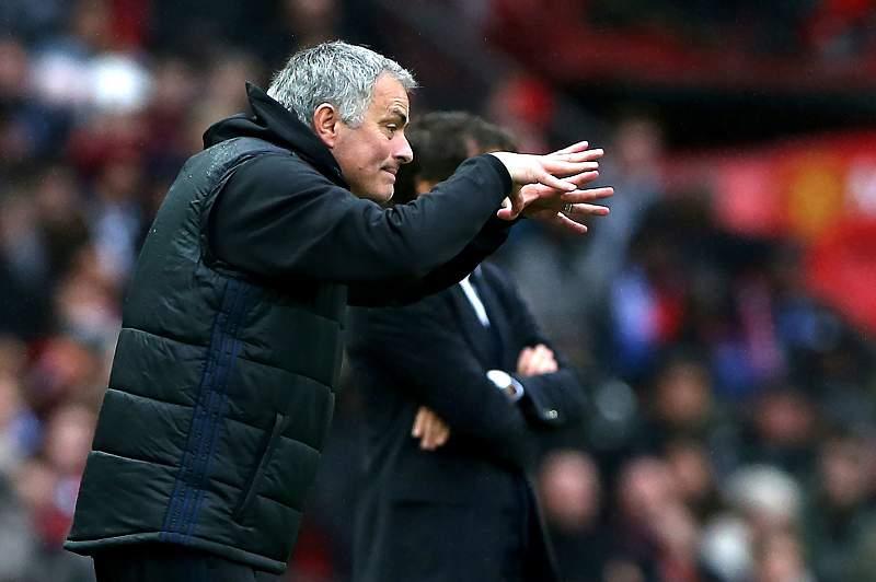 Mourinho reage no Manchester-Chelsea
