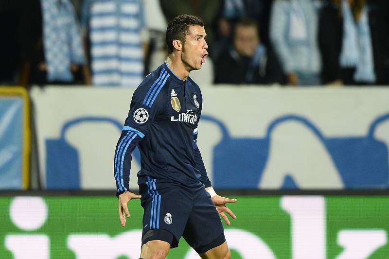 Cristiano Ronaldo celebra um golo contra o Malmo