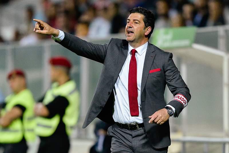 Rui Vitória pode alcançar feitos de cinco antigos técnicos do Benfica