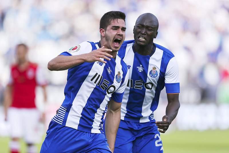 André Silva e Danilo Pereira