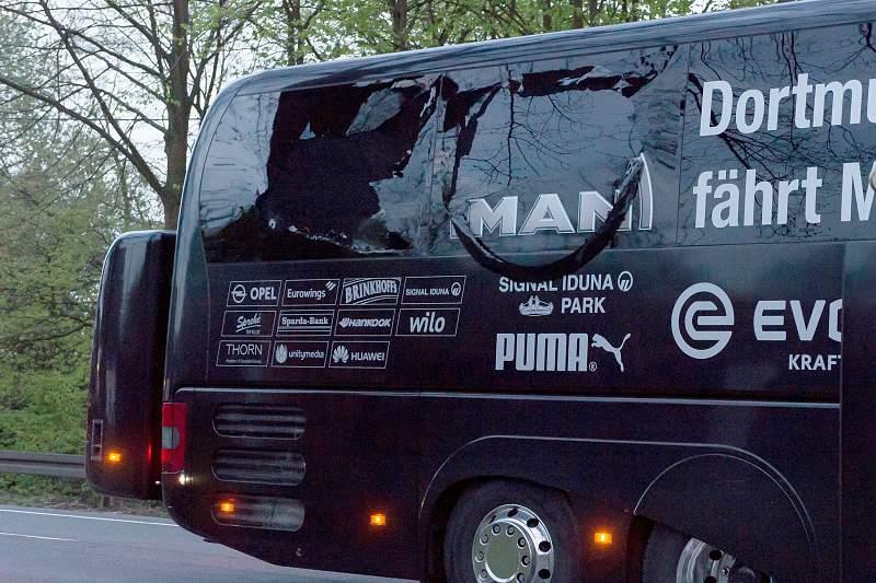 Borussia Dortmund team bus involved in explosion