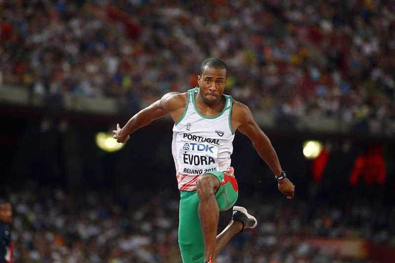 Nelson Évora vai saltar para a melhor medalha possível