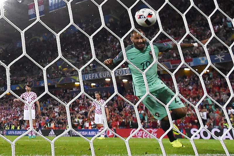 Quaresma no momento do golo contra a Croácia