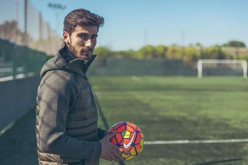 Barcelona confirma André Gomes e cláusula de rescisão de 100ME