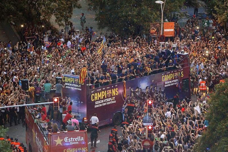 FC Barcelona celebrate their UEFA Champions League title