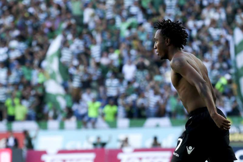 Gelson Martins celebra o golo frente ao FC Porto