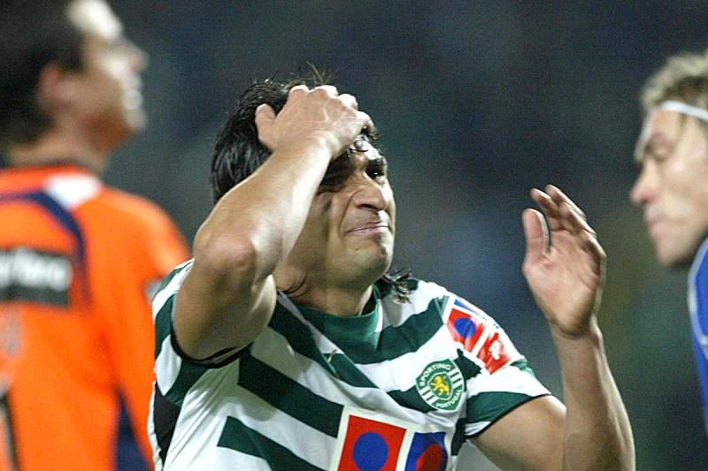 O avançado uruguaio passou pelo Sporting na temporada 2006/2007 tendo conquistado uma Taça de Portugal