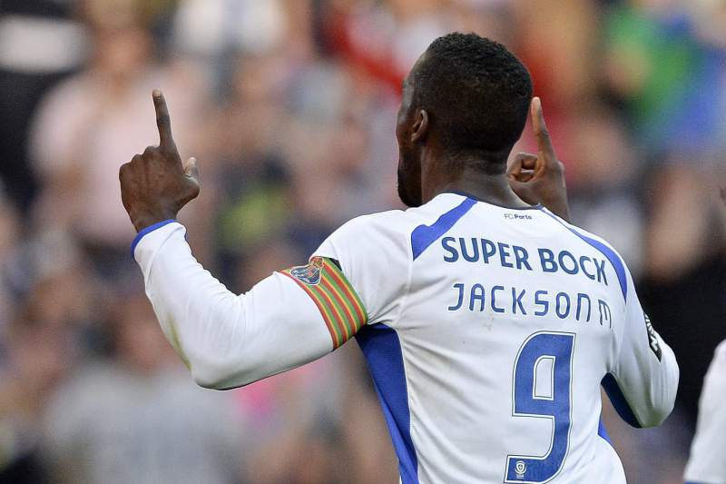 Jackson Martínez celebra golo marcado ao Gil Vicente