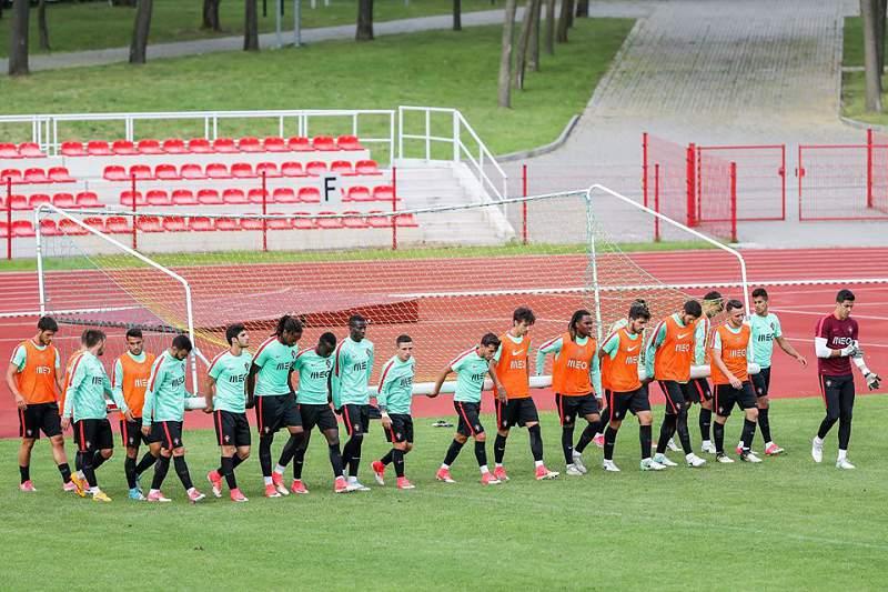 Trabalho de equipa na seleção