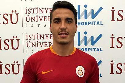 Josué oficializado no Galatasaray