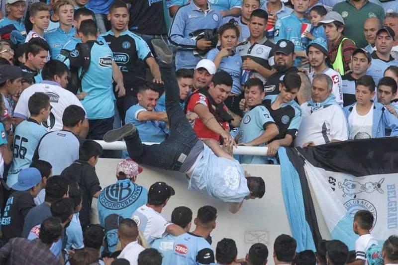 Emanuel Balbo, o adepto do Belgrano que foi atirado da bancada do Estádio Mario Alberto Kempes