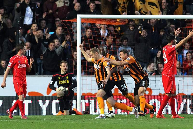 Hull City festeja golo frente ao Liverpool