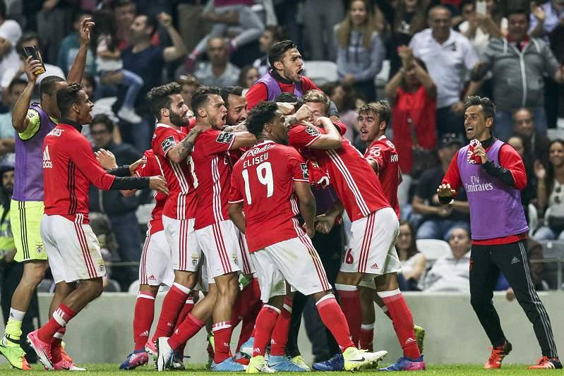 Benfica festeja golo