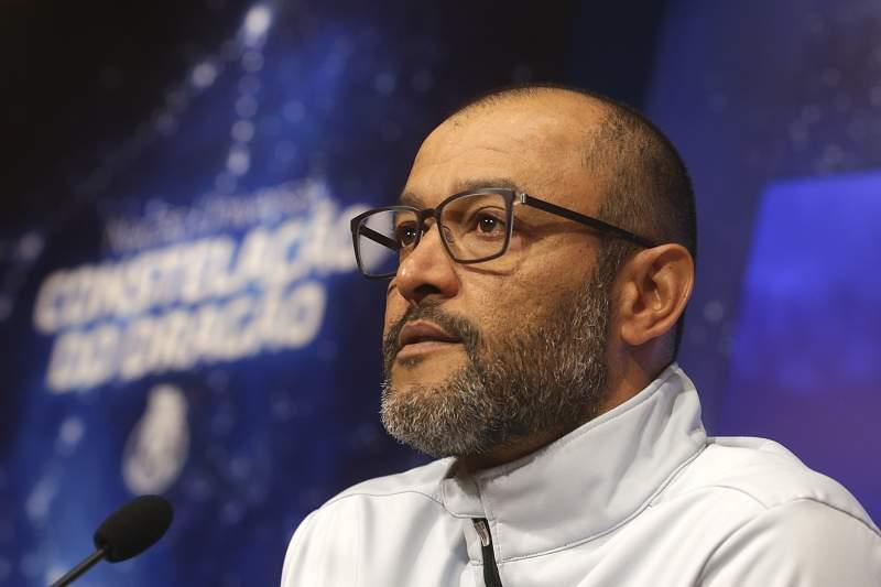 Conferência de imprensa com o treinador do FC Porto, Nuno Espírito Santo