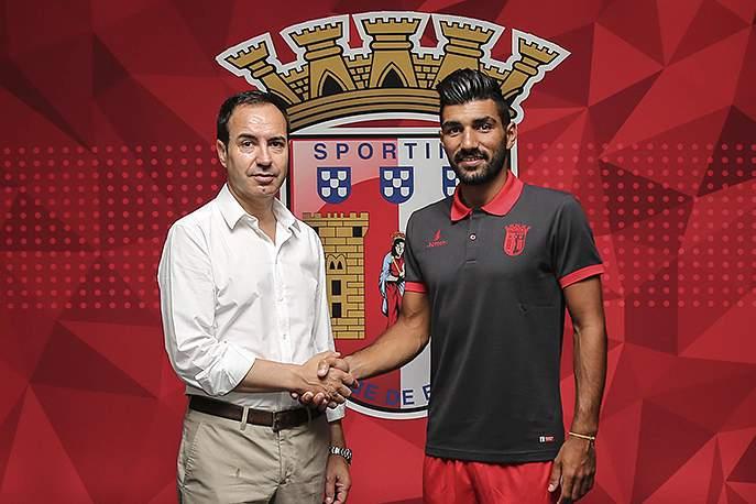 Ricardo Esgaio assina pelo SC Braga