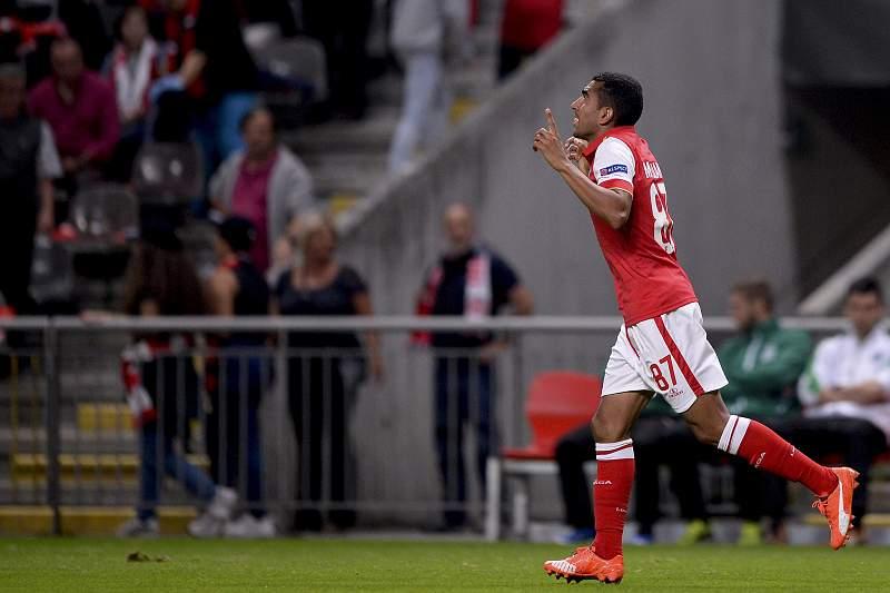 Hassan celebra um golo pelo SC Braga contra o Groningen