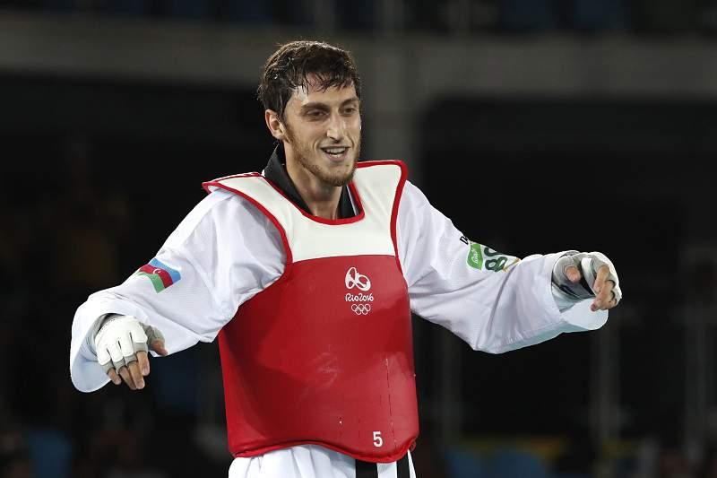 Azeri Radik Isaev conquista título olímpico de +80 kg no taekwondo
