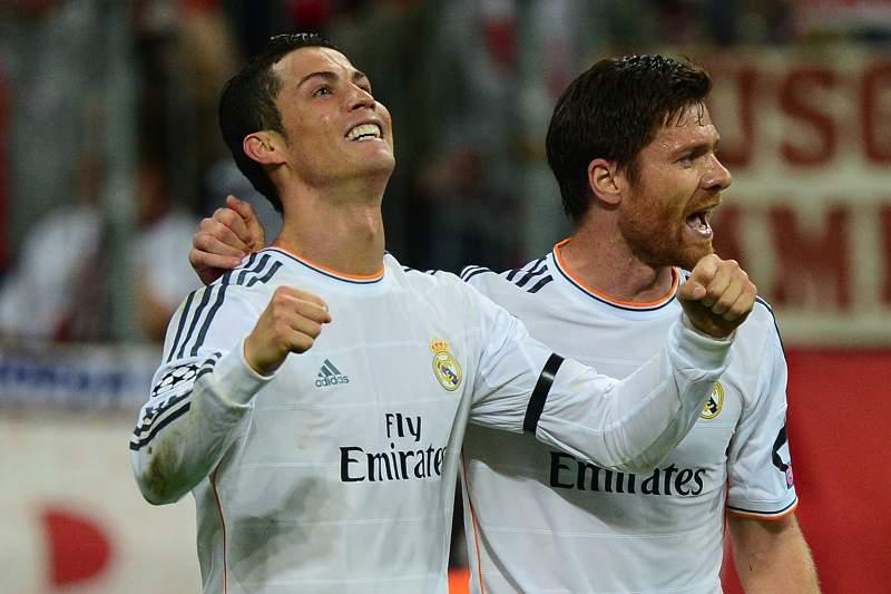 Cristiano Ronaldo e Xabi Alonso