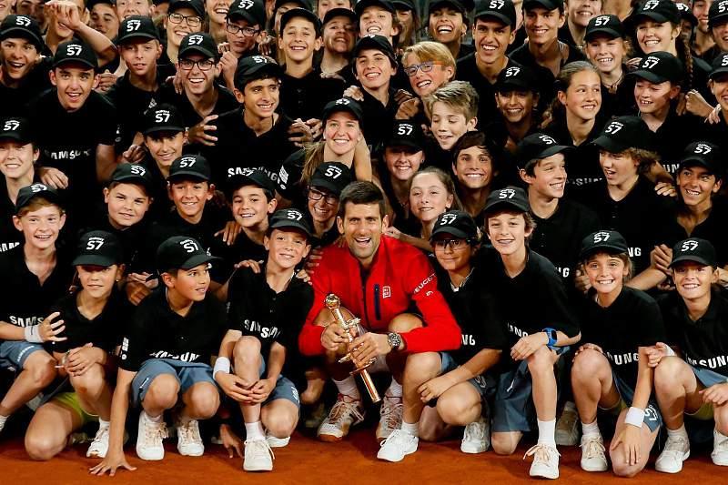 Djokovic vence Masters 1000 de Madrid