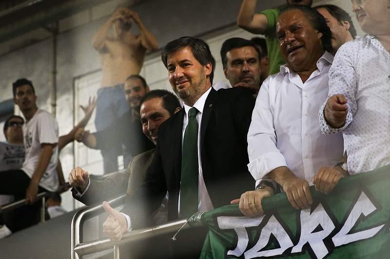 Bruno de Carvalho é acusado de tentativa de agressão e insultos ao presidente do Arouca