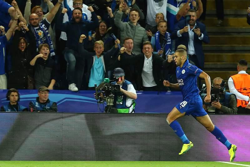 Slimani celebra o golo marcado ao FC Porto