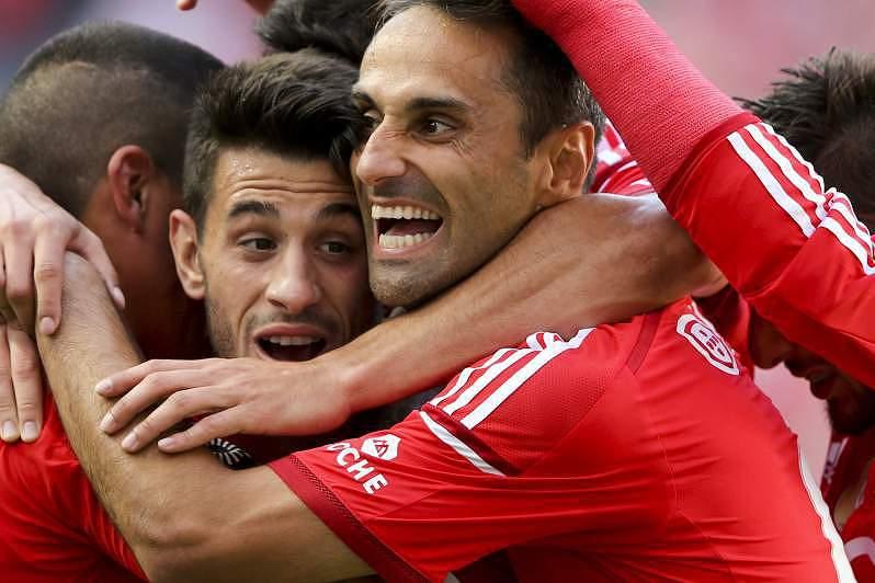 Jonas faz o segundo para o Benfica