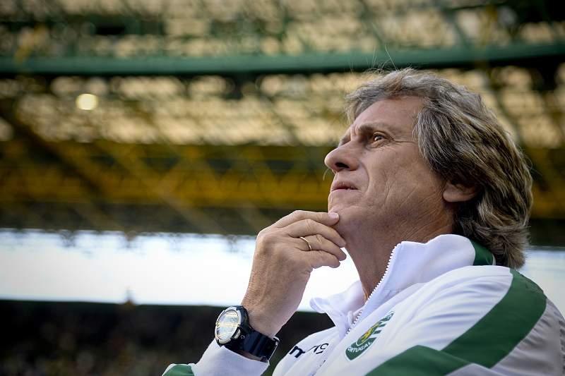 Jorge Jesus durante um jogo do Sporting em Alvalade