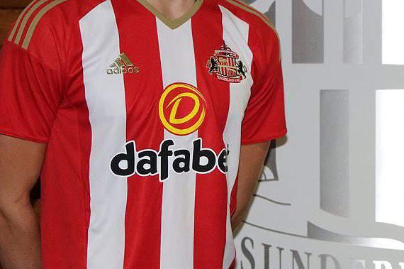 Sunderland contrata Paddy McNair e Donald Love ao Manchester United