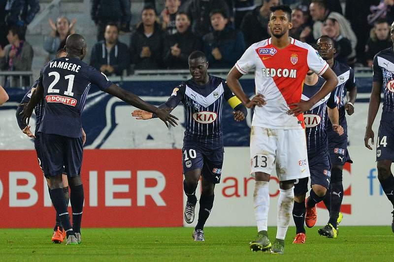 Henri Saivet festeja um golo do Bordéus ao Mónaco