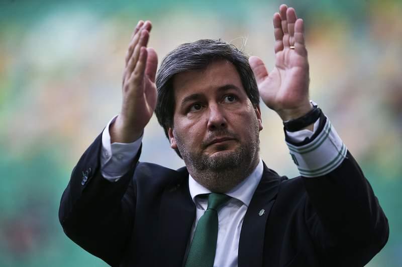 Futebol: Bruno de Carvalho