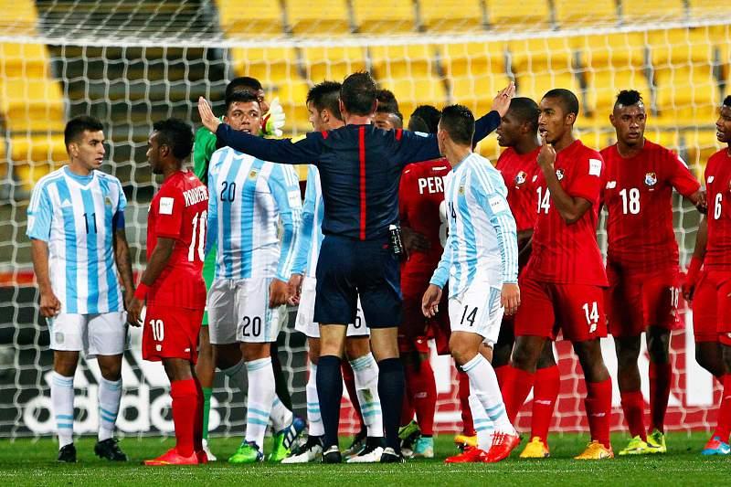 Artur Soares Dias apitou o jogo entre Argentina e Panamá