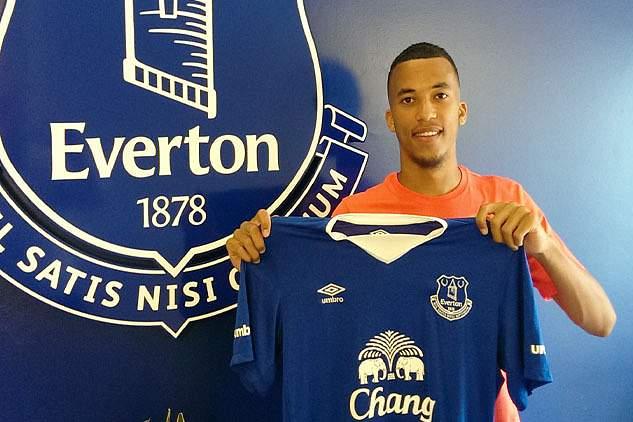 David Henen com a camisola do Everton