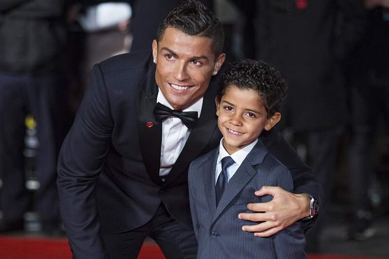Cristiano Ronaldo com o filho, Cristiano Jr.