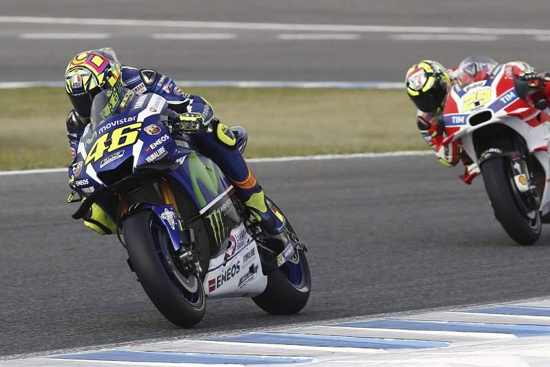 Valentino Rossi volta a vencer no MotoGP dez corridas depois