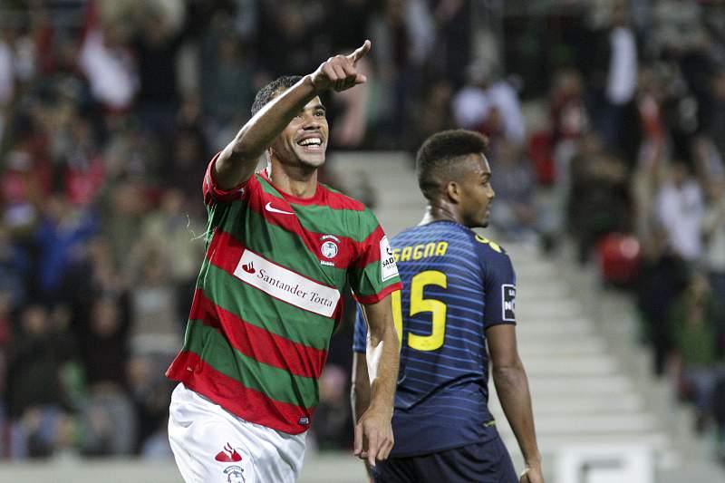 Marítimo vence Moreirense (1-0) e sobe ao 6º lugar