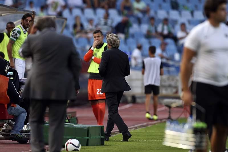 Jorge Jesus, treinador do Sporting (C), é expulso em Coimbra