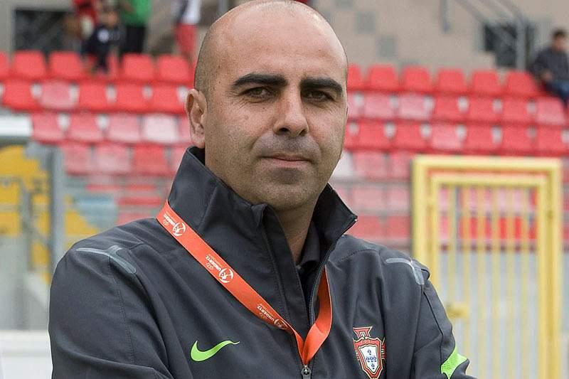 Emílio Peixe é o treinador dos sub-19