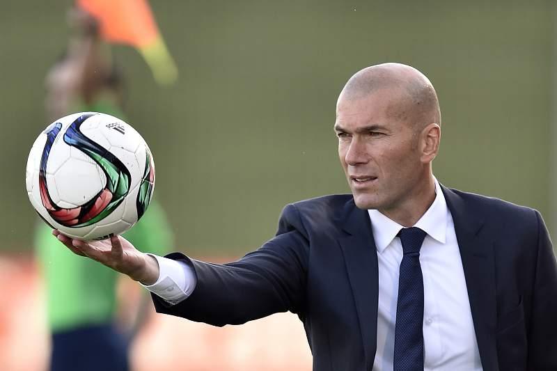 Zinedine Zidane, o mago dos pés de veludo que abraçou a carreira de treinador