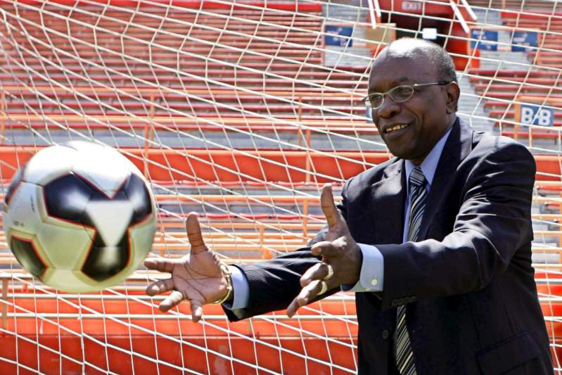 Suspended FIFA vice president Jack Warner resigns
