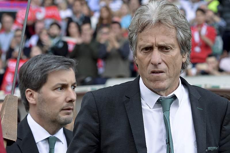 Bruno de Carvalho e Jorge Jesus após o último jogo da temporada em Braga