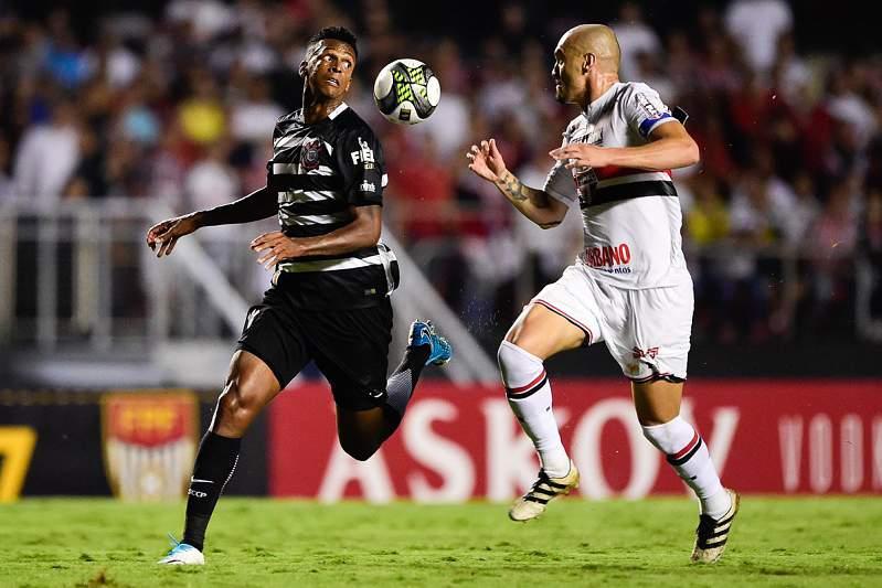 Corinthians - São Paulo: Jô e Maicon