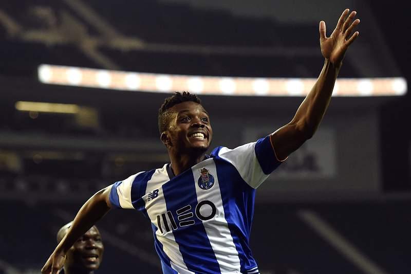 Chidozie celebra o seu primeiro golo oficial pela equipa principal do FC Porto