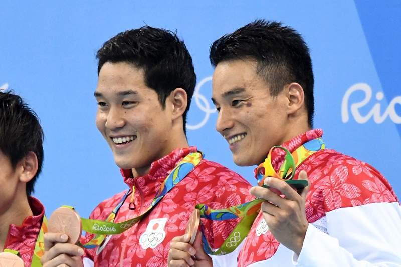 Kosuke Hagino, Naito Ehara, Yuki Kobori e Takeshi Matsuda conquistaram uma medalha de bronze nos Jogos Olímpicos do Rio de Janeiro