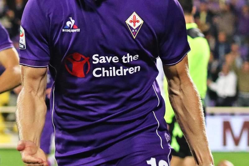 Jakub Blaszczykowski abriu o marcador na vitória da Fiorentina por 2-0 sobre o Bolonha