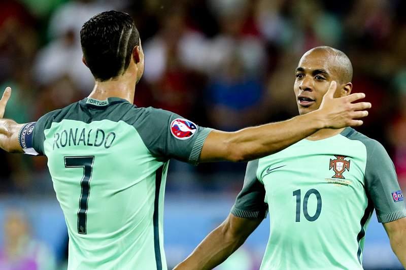 Portugal-País de Gales: Ronaldo e João Mário