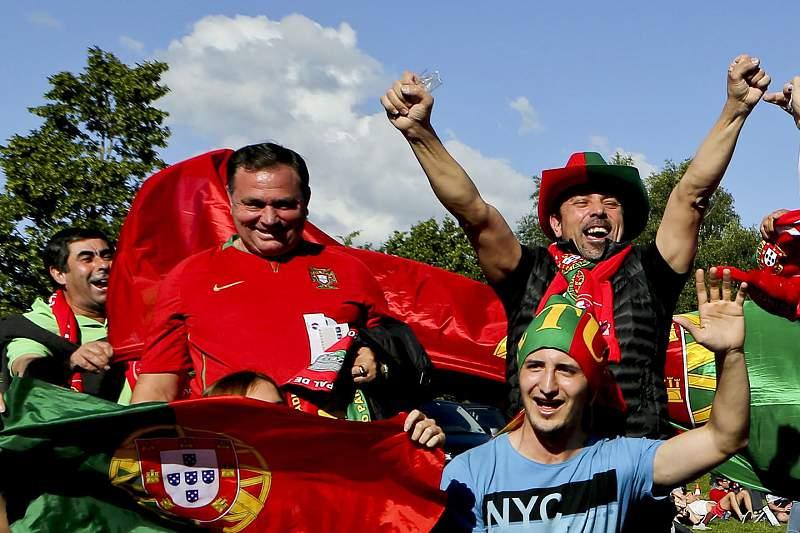 Adeptos portugueses