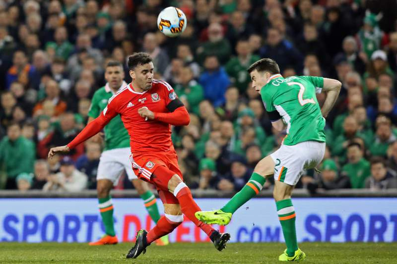 Rep. Irlanda e País de Gales: Robson-Kanu e Seamus Coleman